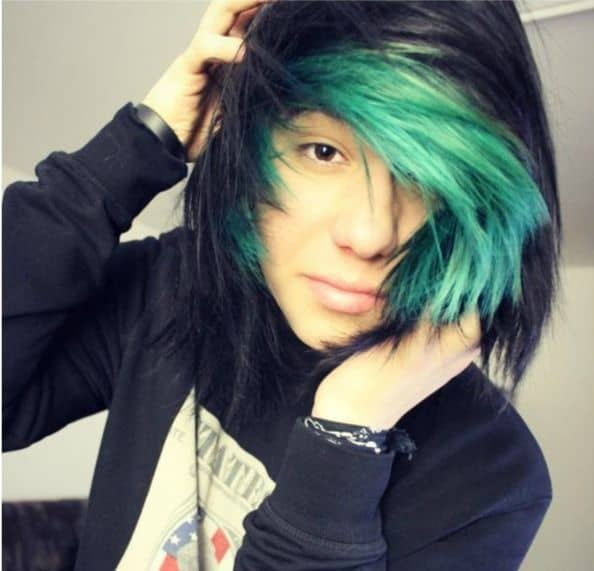 scene hair with green highlights