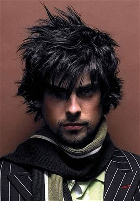 men's spiky shaggy hairstyle