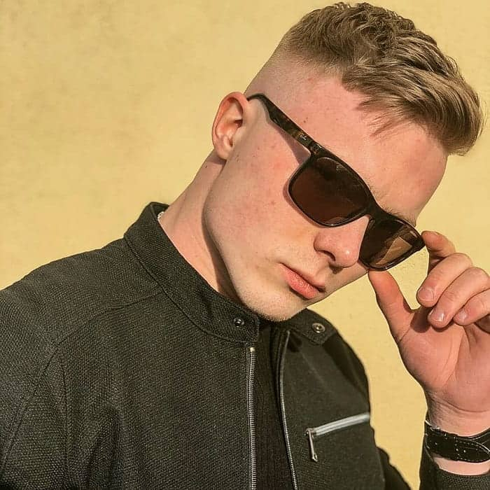 short quiff hair with fade for men