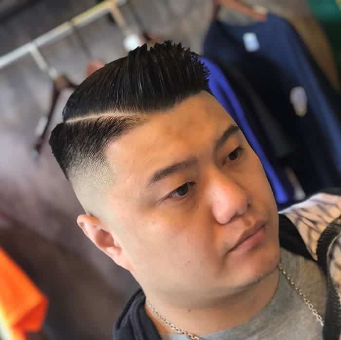 men's short fade hair with hard part