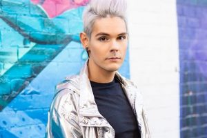 silver hair for men