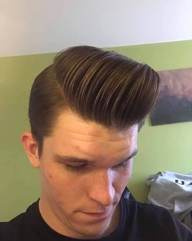 slick back hair with quiff