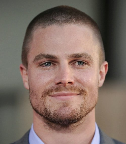 stephen-amell-buzz-cut