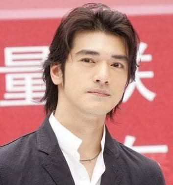 Takeshi Kaneshiro hairstyle.