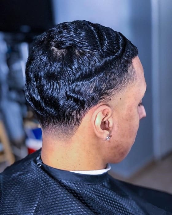 wavy hairstyles with taper fade for men