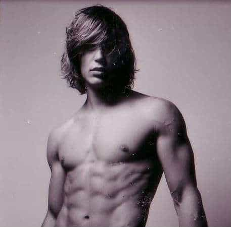 Taylor Kitsch surfer hairstyle