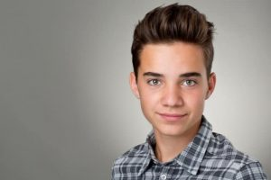 teenage boy hairstyle