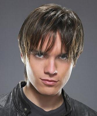 Thomas Dekker with layered hairstyle