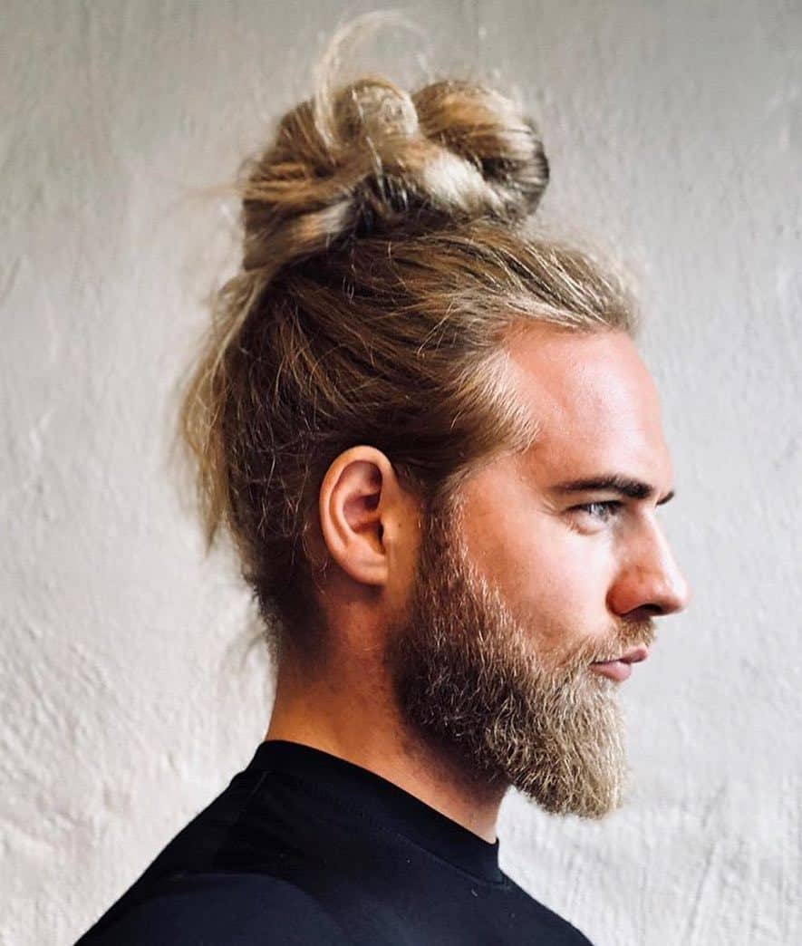men's high bun haircut
