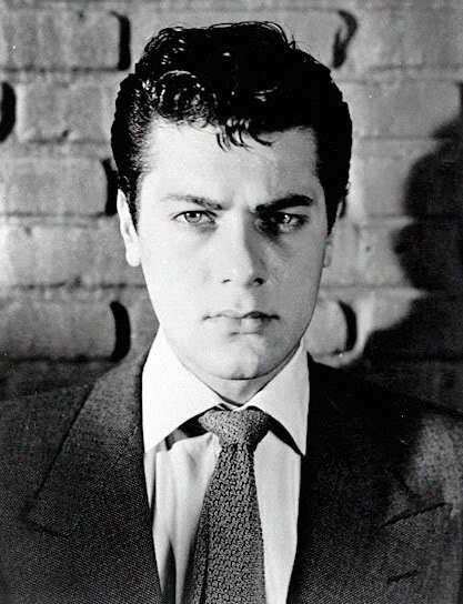 Tony Curtis ducktail hairstyle