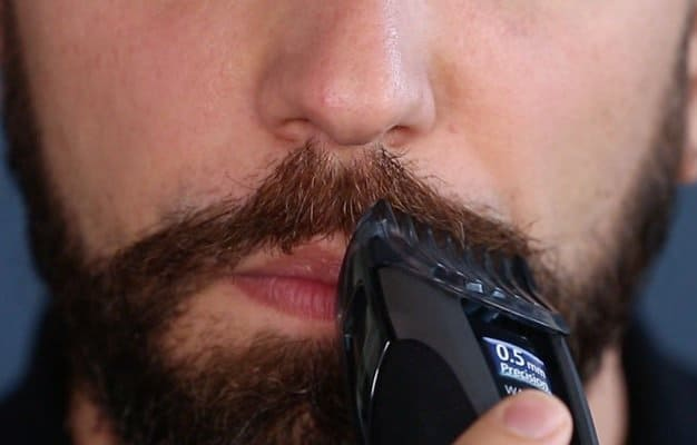 trimming hair on the lips