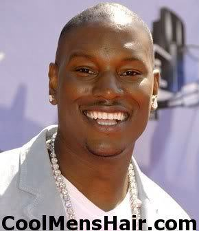Photo of Tyrese Gibson sexy bald head.