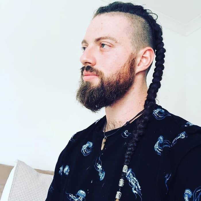 viking hairstyle with fishtail braid