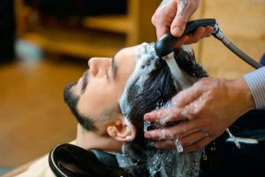3 Effective Tips to Wash Hair After Dying It