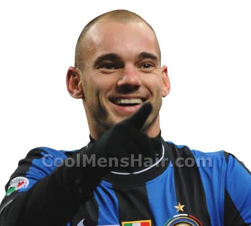 Photo of Wesley Sneijder buzz cut hairstyle.