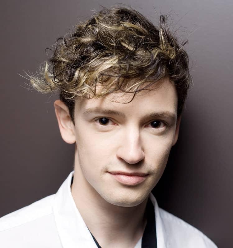 white boy's perm hairstyle