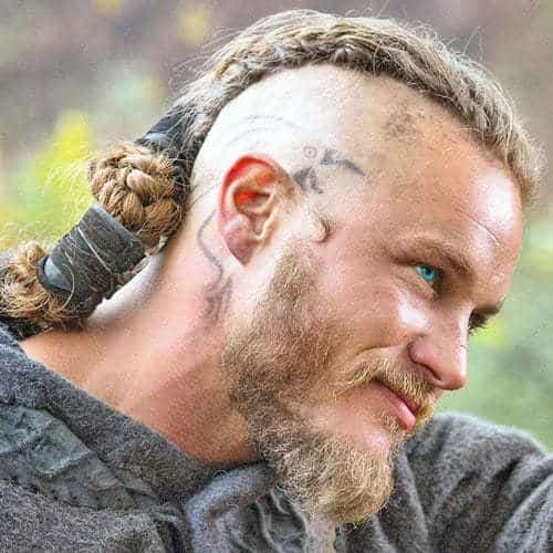 viking braid hairstyle for white men